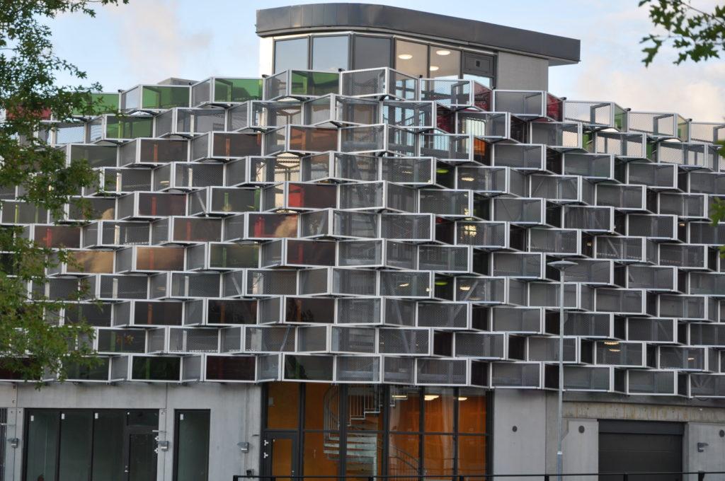 "Lambertsson Sverige AB-multihuset ""Flustret"", Vallastaden Linköping, Byggherre Sankt Kors Fastigheter / Tekniska verken"